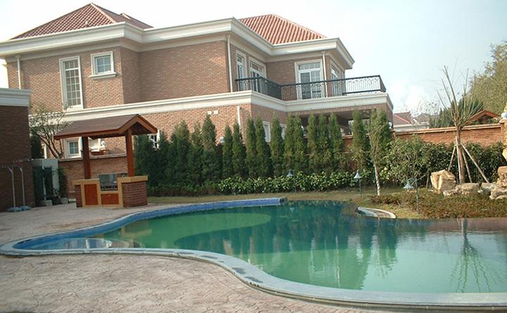 上海绿宝园别墅泳池