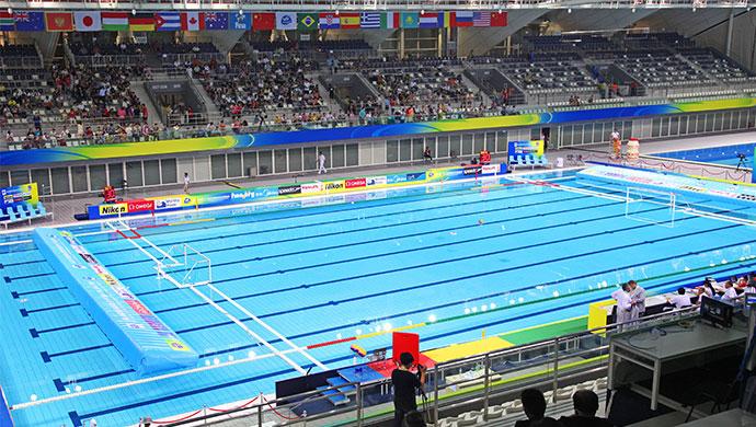 东方体育中心体育馆游泳池