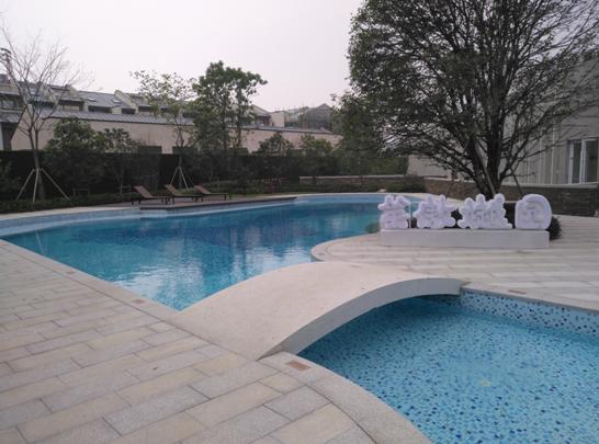 苏州航越会所室外泳池